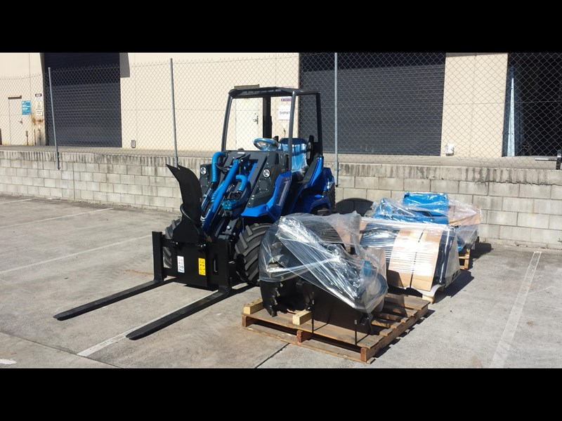csf multione 6.3+ heavy duty mini wheel loader 324620 023
