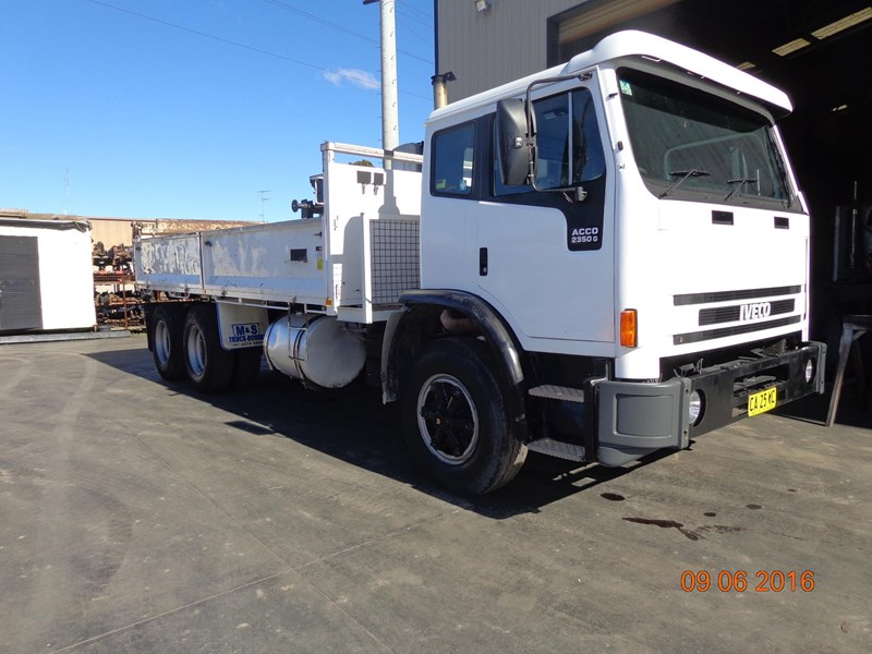 iveco acco 2350g 406956 002