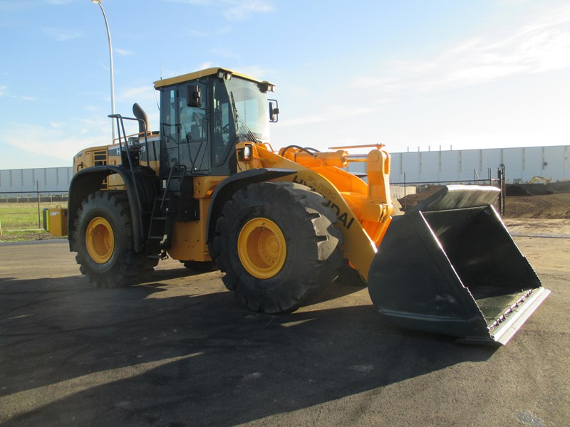 hyundai hl770-9 (also available for hire) 407765 003
