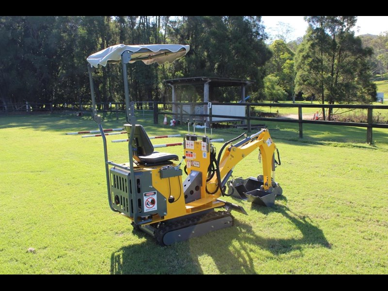ozziquip mini digger tiger 407811 007