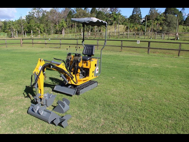 ozziquip mini digger tiger 407811 017