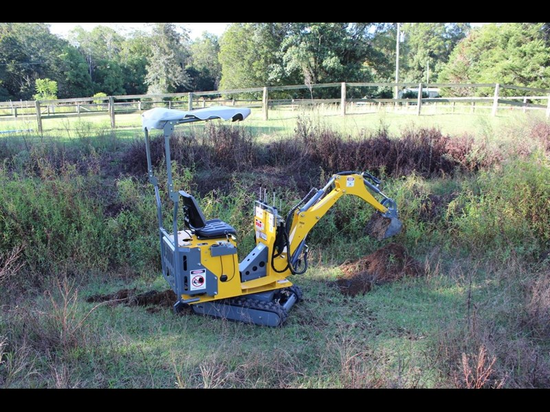 ozziquip mini digger tiger 407811 023