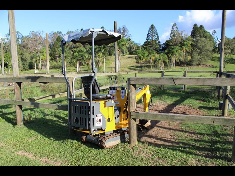 ozziquip mini digger tiger 407811 039