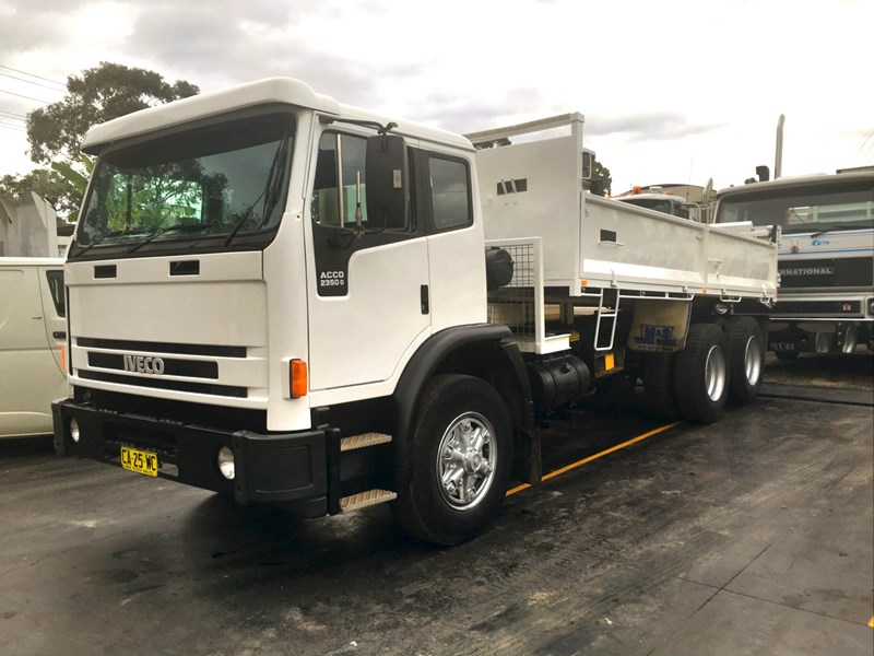 iveco acco 2350g 406956 001