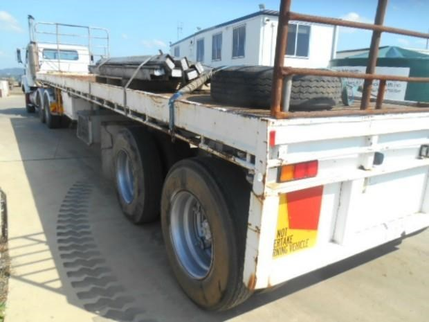fruehauf semi flat top trailer 344459 010