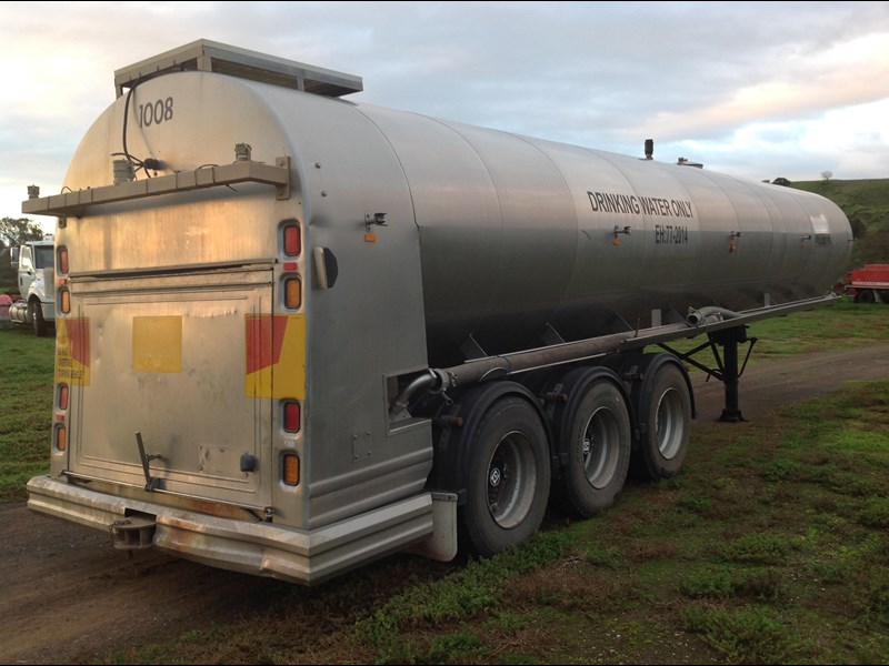 byford triaxle stainless water tanker 404915 004