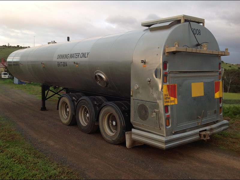 byford triaxle stainless water tanker 404915 005