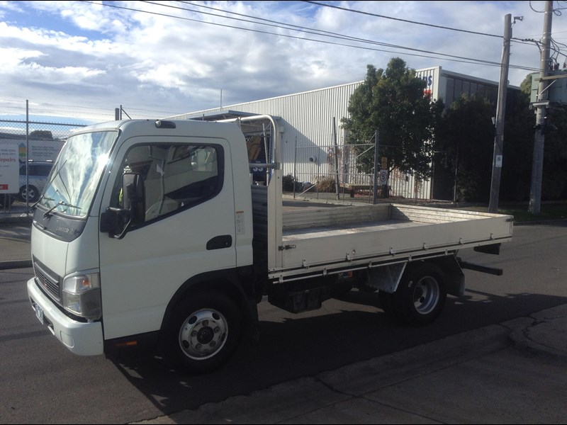 fuso canter 410051 001