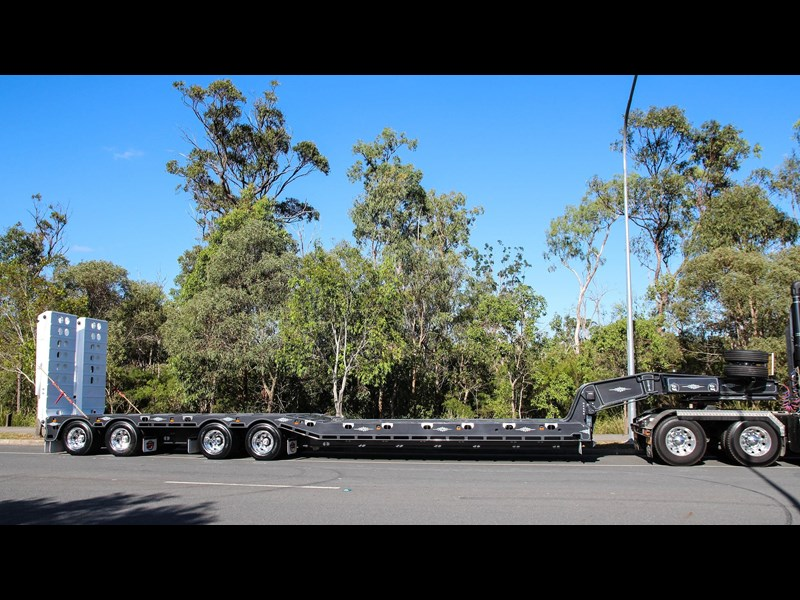 tuff trailers 4x4 low loader / deck widening 398471 011