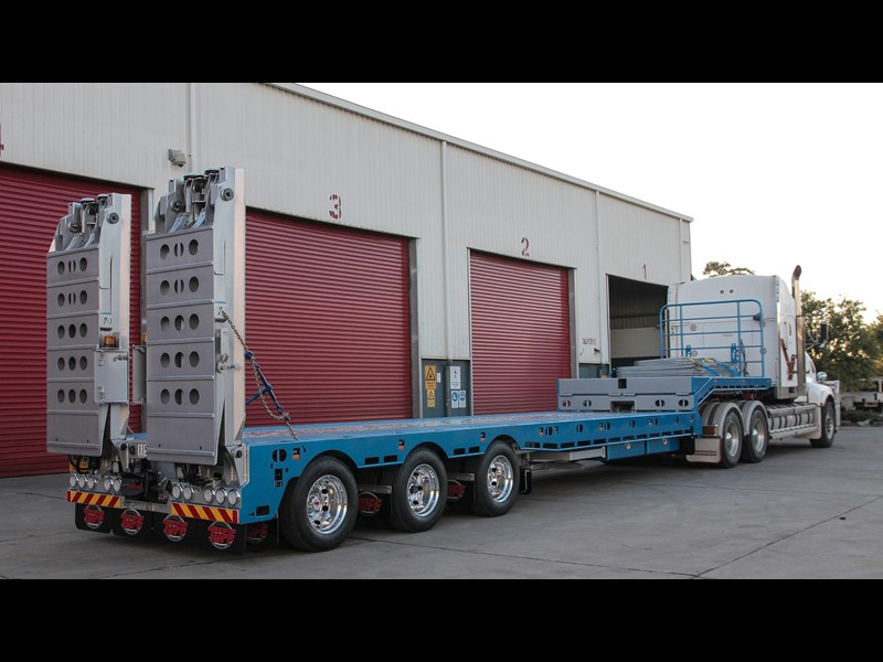 tuff trailers 3x4 or 4x4 drop deck/ low loader / deck widening float / 4.5m ag widening trailer 398283 013