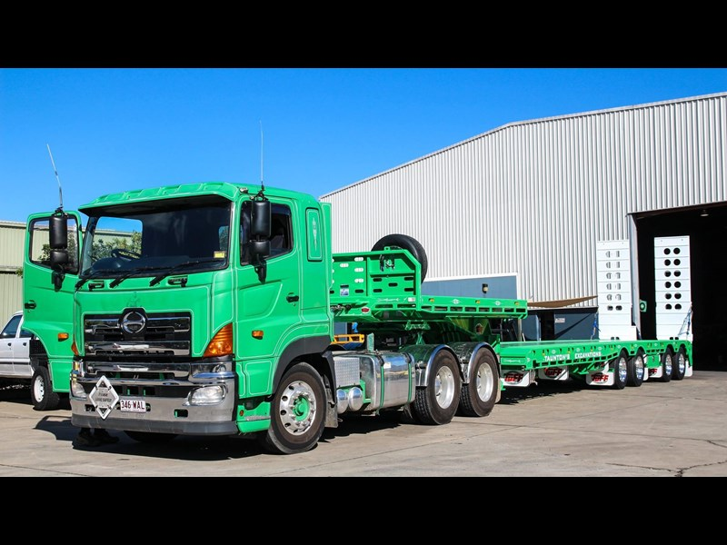 tuff trailers 4x4 low loader / deck widening 410179 011