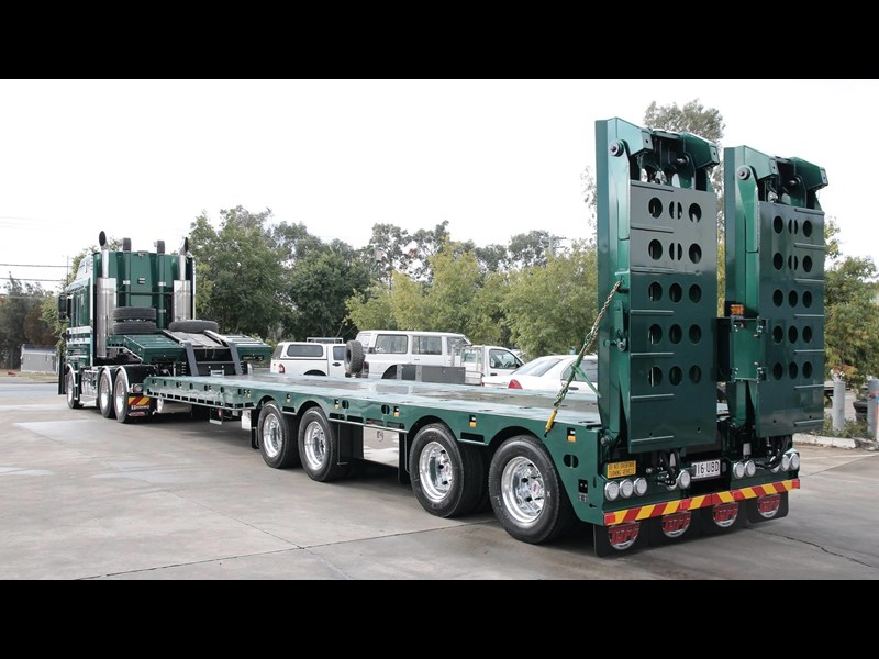 tuff trailers 4x4 low loader / deck widening 410179 021