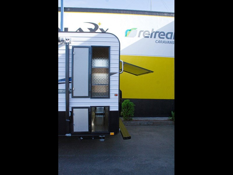 retreat caravans hamilton 410201 015