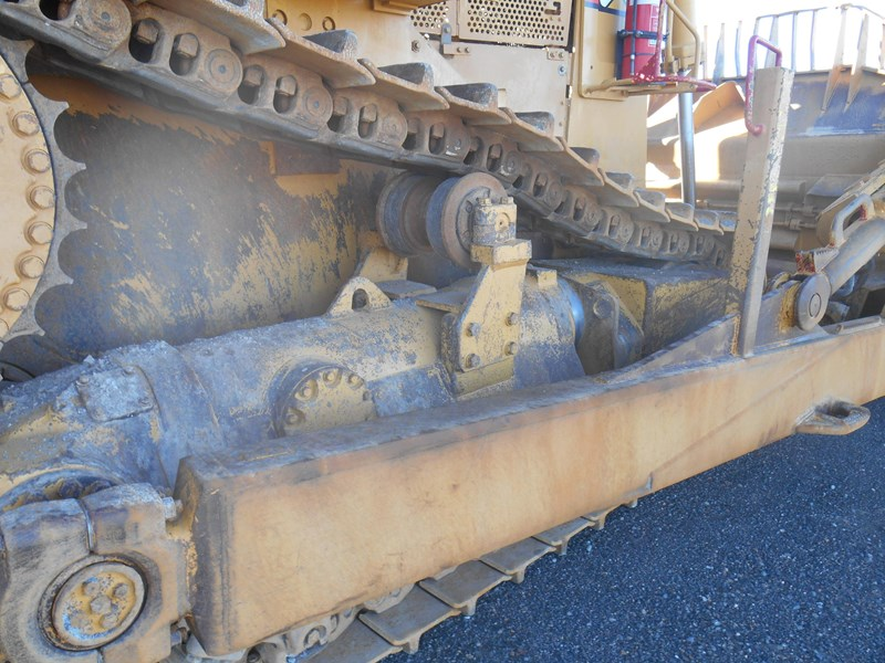 caterpillar d10r dozer 110327 037