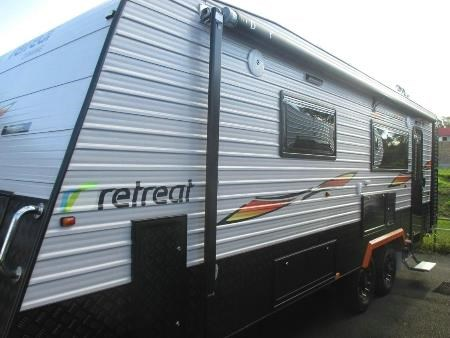 retreat caravans mabel 410695 001