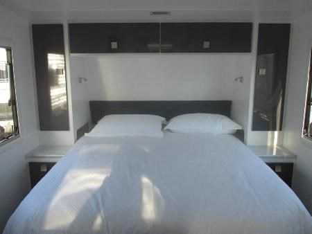 retreat caravans whitsunday 410698 002