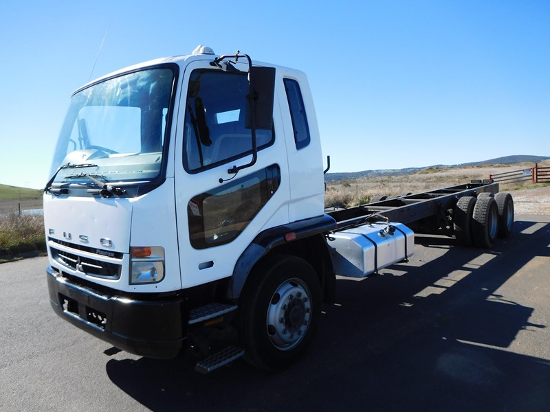 fuso fighter 14 411143 003
