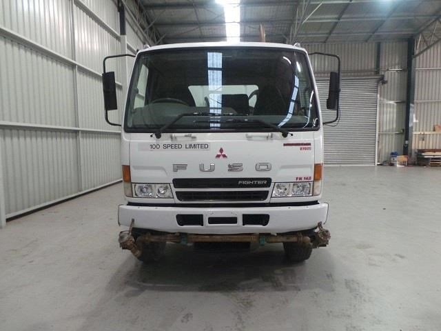 mitsubishi fn600 12000 litre 6x4 water truck 410275 008