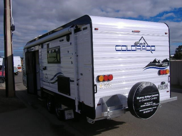 colorado caravans summit full ensuite 411415 003