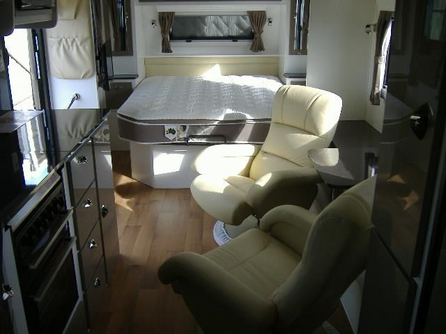colorado caravans summit full ensuite 411415 007