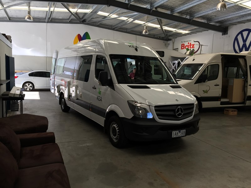 mercedes-benz sprinter 313cdi kea 3 berth 411745 027