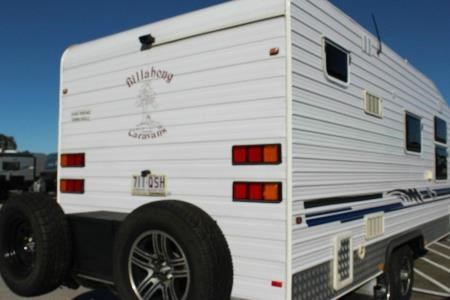 billabong custom caravans grove 413035 005
