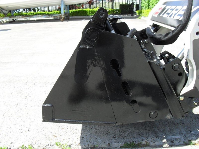 rhino 4 in 1 bucket - buckets to suit bobcat s70 mini skid steer [1120 mm] [attbuck] 413102 011