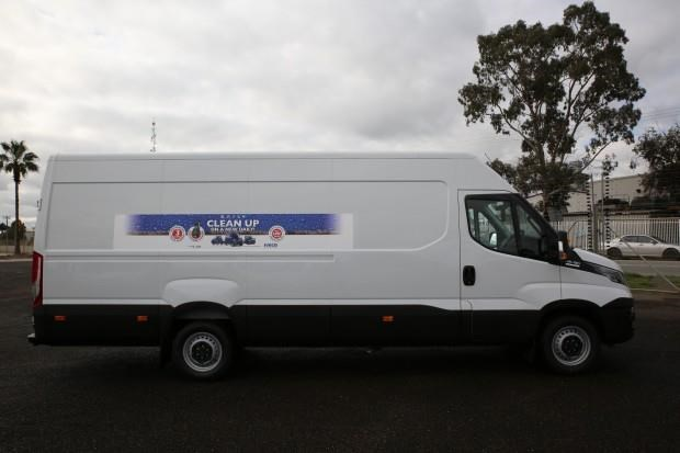 iveco daily 35s13 413442 007