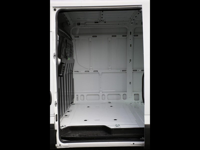 iveco daily 35s13 413449 013