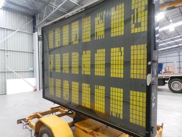 trailer factory ehd sign board 413490 017