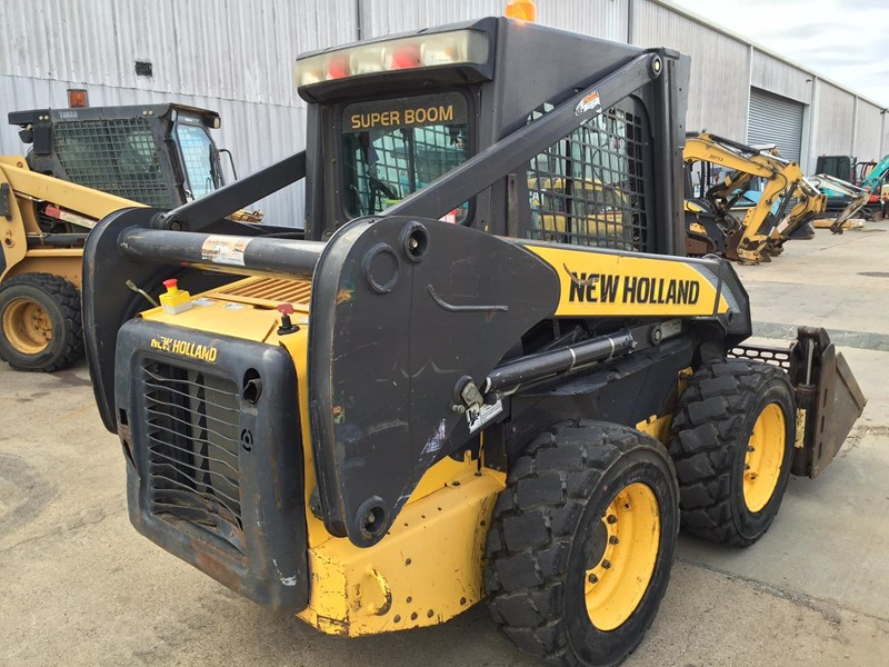 new holland l170 413525 009