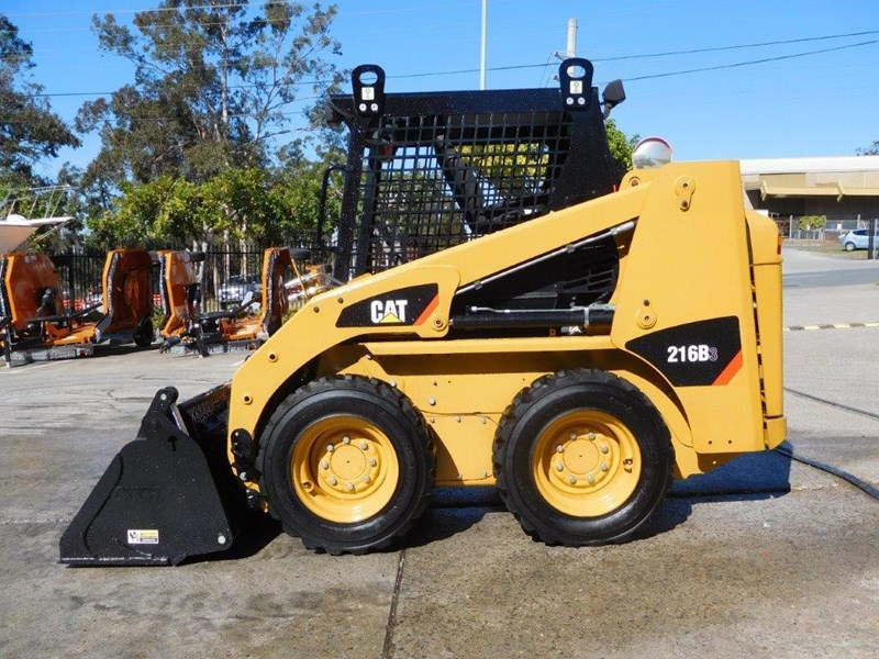 caterpillar #2229 216b.3 cat 216.b3 skid steer loader [47 hp][demo machine with only 172.6 hours] [machcat] 413736 003