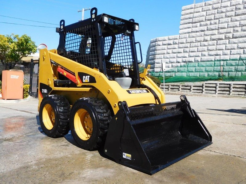 caterpillar #2229 216b.3 cat 216.b3 skid steer loader [47 hp][demo machine with only 172.6 hours] [machcat] 413736 005