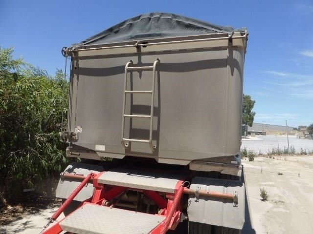 barry stoodley quad dog tipper 413931 006