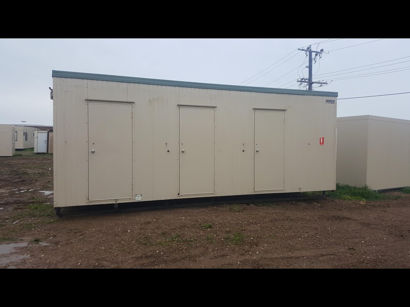 e i group portables used 7.2m x 2.4m ablution 414108 001
