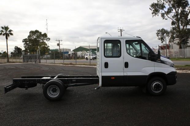 iveco daily 70c21 413445 021