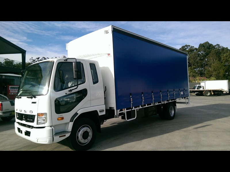 fuso fighter 1224 412996 001