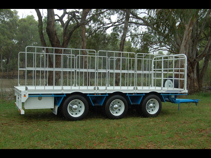 northstar transport equipment tri axle pig trailer 414992 009