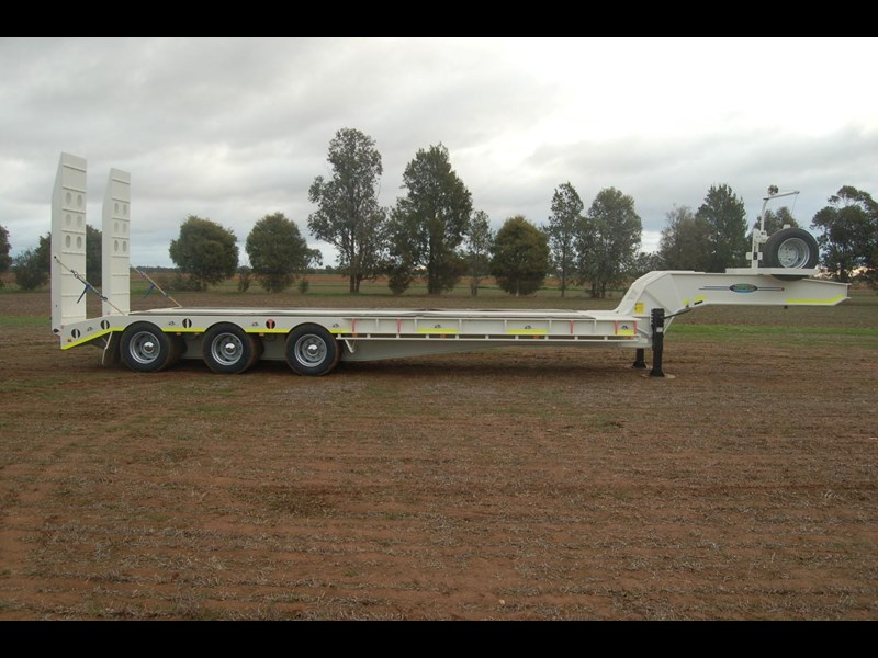 northstar transport equipment tri axle float 415020 011