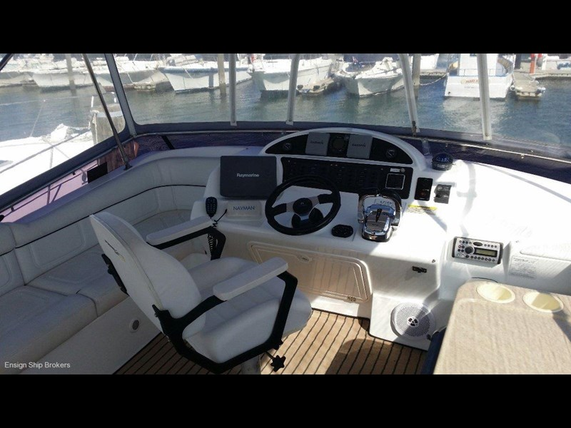 powercat 3800 flybridge 375422 071