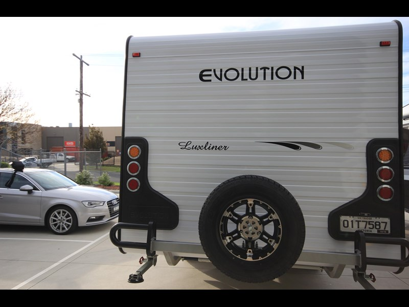 evolution luxliner 21' 416588 015