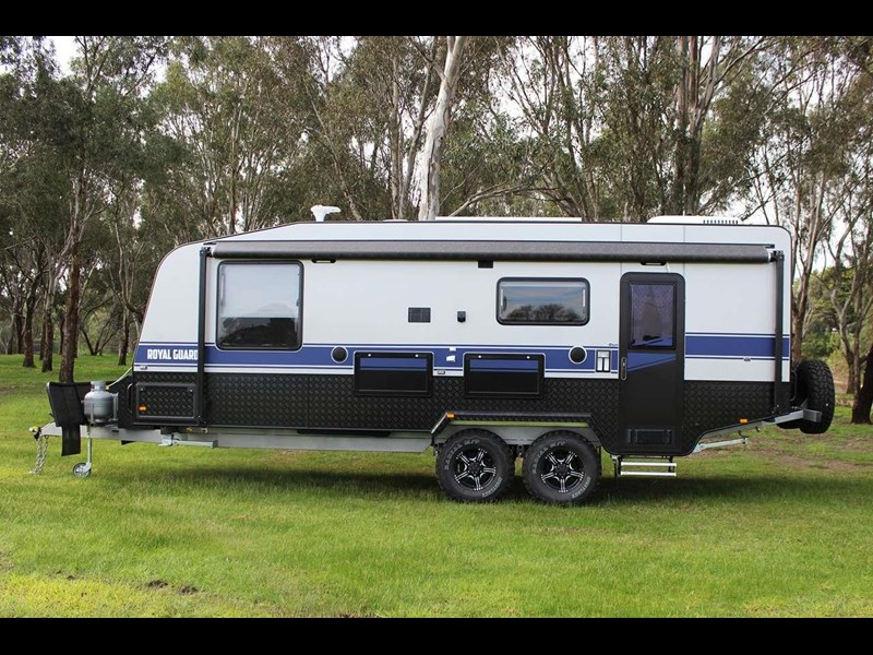 grand salute royal guard 22ft off road 417270 007