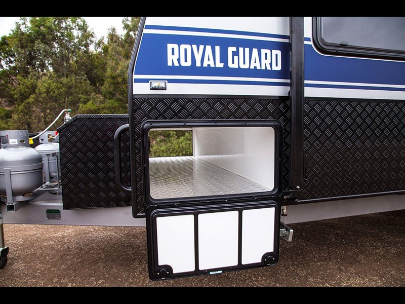 grand salute royal guard 22ft off road 417270 019