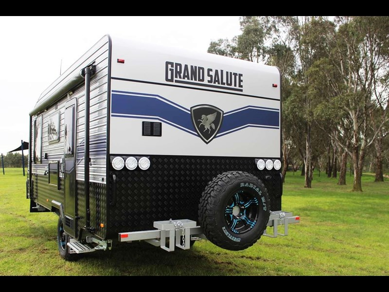 "grand salute duke 18ft 10"" semi off road 417273 011"