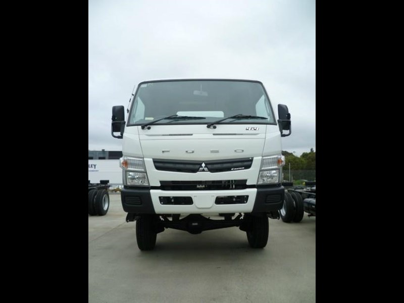 fuso canter 364869 003