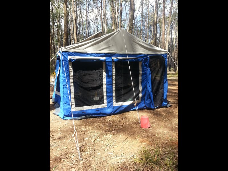 market direct campers expedition series offroad forward fold 418589 011