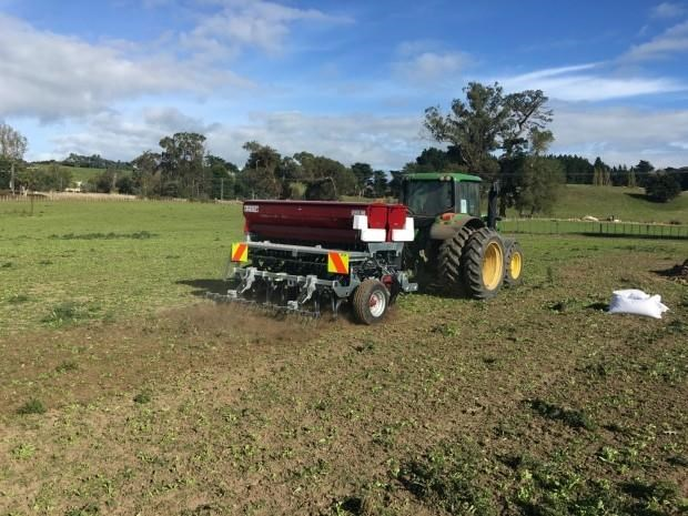 taege trailing direct seed drills 32246 011