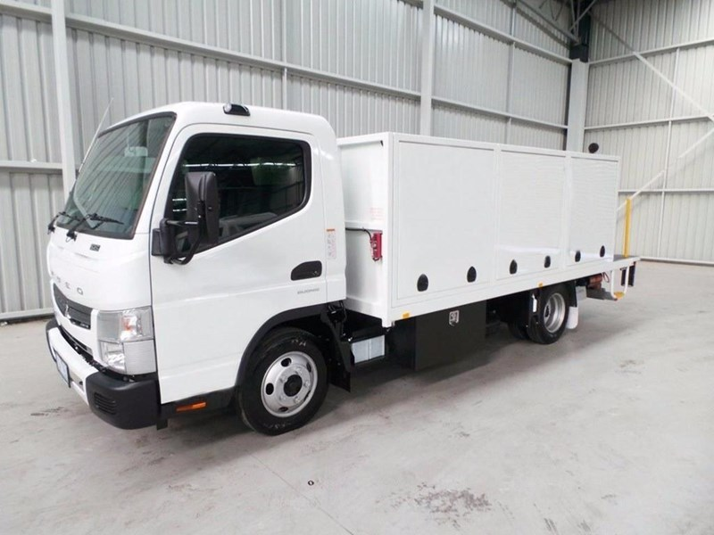 fuso canter 515 wide cab 345858 037