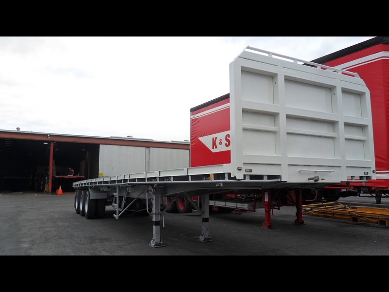 freighter 43' triaxle 419984 001