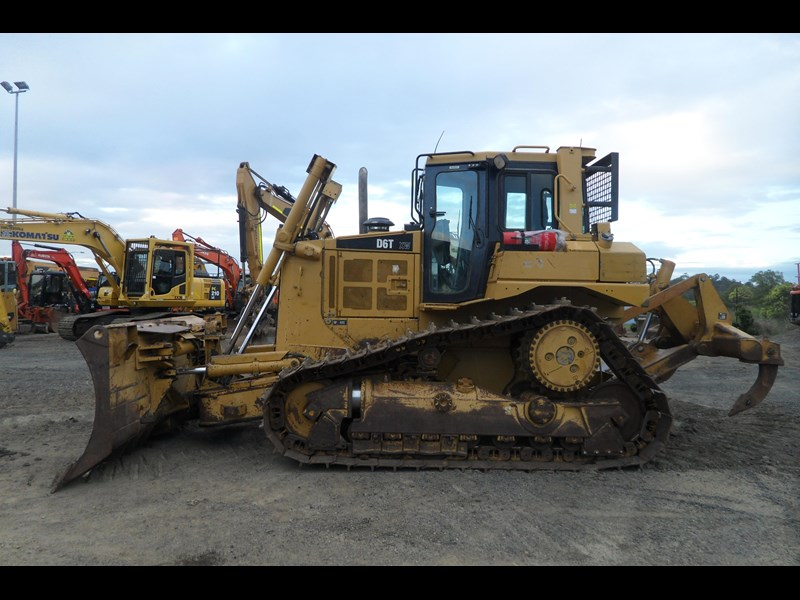 caterpillar d6t xw 395213 001